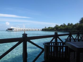 Bungalows sur pilotis, Meemu atoll, Maldives