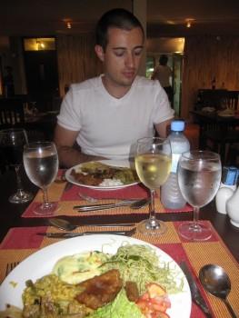 Diner dans notre resort, Meemu atoll, Maldives