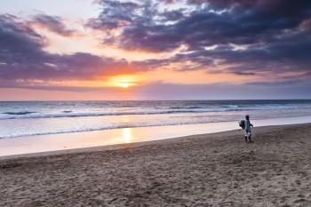 Coucher soleil plage Seminyak Bali Indonesie