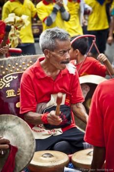 Tambours carnaval Jakarta Java Indonesie