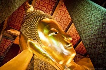 Bouddha couche Wat Pho Bangkok Thailande