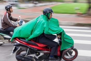 Scooter sous la pluie Hué Vietnam
