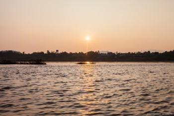 Coucher de soleil sur le Mekong Laos