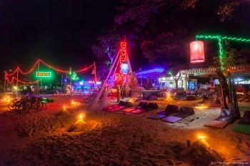 Fete plage Koh Phi Phi Thailande