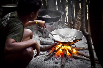 Repas au feu de bois, Hoify, Laos