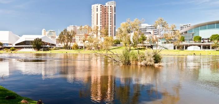 Vue sur la ville depuis la Torrens River