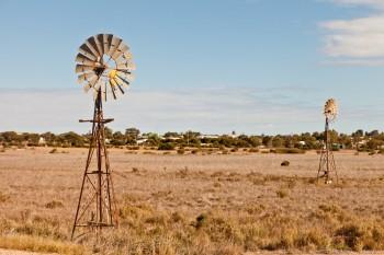 Windmill, Nullarbor Plain
