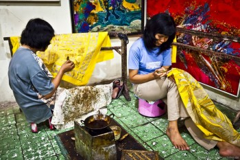 Artistes batik Yogyakarta Java Indonesie