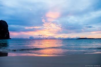 Phra Nang beach coucher soleil Railey Bay Thailande