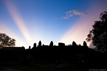 Coucher de soleil sur Phnom Bakeng Angkor Cambodge