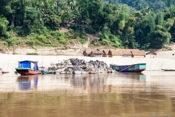 Remontée du Mékong, Laos