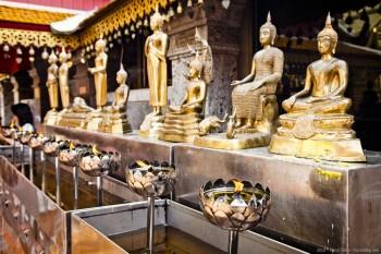 Statues Doi Suthep Chiang Mai Thailande