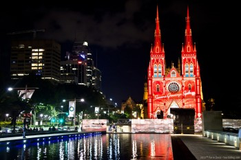 Illuminations sur St Mary's Cathedral, Sydney