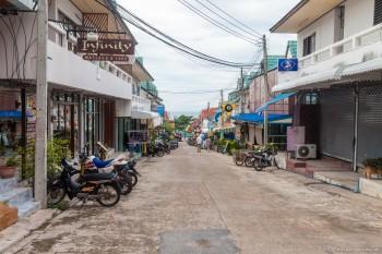 Rue Mae Hat Koh Tao Thailande