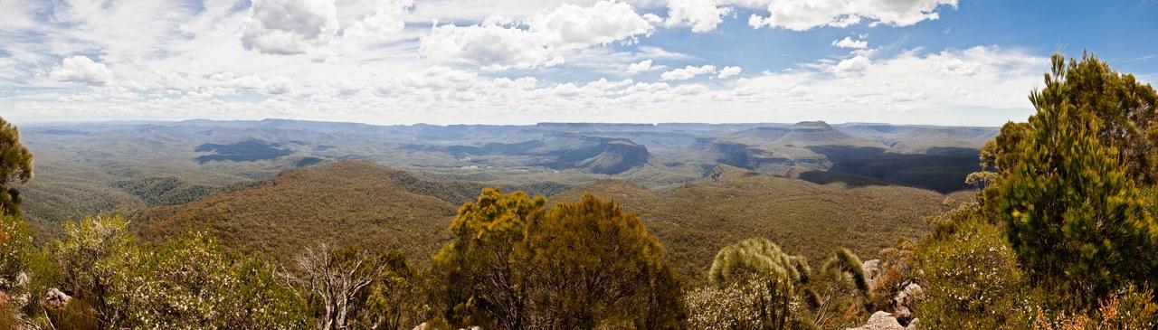 Panorama depuis le sommet de Pigeon House Mountain, Australie