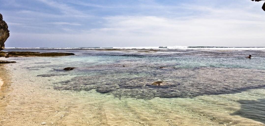 Plage Ulu Watu Bali Indonesie