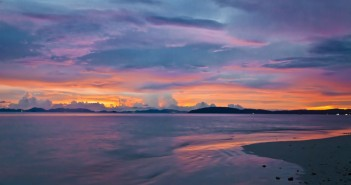 Coucher de soleil sur Railey Bay, Thailande